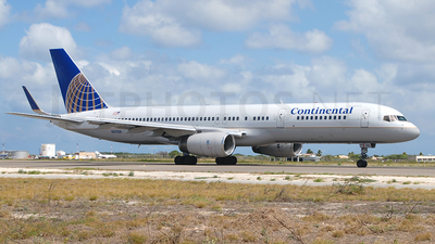 N21108 - Boeing 757-224 - Continental Airlines