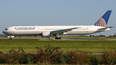 N76054 - Boeing 767-424(ER) - Continental Airlines