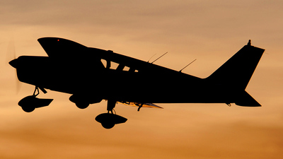 A picture of N9940W - Piper PA28140 - [2823484] - © Joey Collura