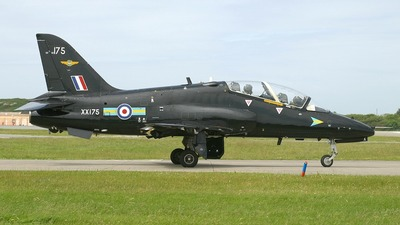 XX175 - British Aerospace Hawk T.1 - United Kingdom - Royal Air Force (RAF)