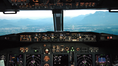 OE-LNS - Boeing 737-8Z9 - Lauda Air