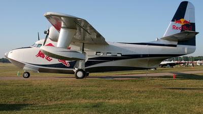 N29853 - Grumman HU-16E Albatross - Red Bull Racing Team