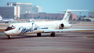 N930MC - McDonnell Douglas MD-82 - MuseAir