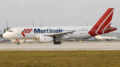 EI-TAF - Airbus A320-233 - Martinair (TACA International Airlines)