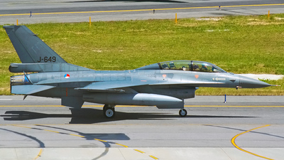 J-649 - General Dynamics F-16BM Fighting Falcon - Netherlands - Royal Air Force