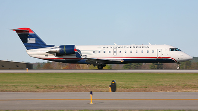 N415AW - Bombardier CRJ-200ER - US Airways Express (Air Wisconsin)
