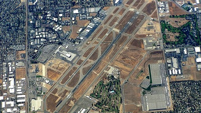 KFAT - Airport - Airport Overview