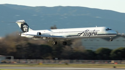 N982AS - McDonnell Douglas MD-83 - Alaska Airlines