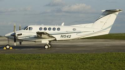 N1542 - Beechcraft B200 Super King Air - Private