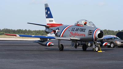 NX86FR - North American F-86F Sabre - Private