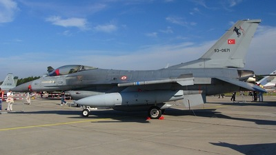 93-0671 - General Dynamics F-16C Fighting Falcon - Turkey - Air Force