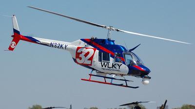 A picture of N32KY - Bell 206B Jet Ranger II - [2875] - © Jordan Duncan