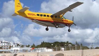 Cessna 208B Grand Caravan - DHL (Air St. Kitts & Nevis)