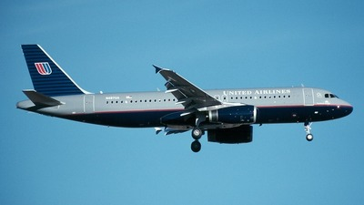 Airbus A320-232 - United Airlines