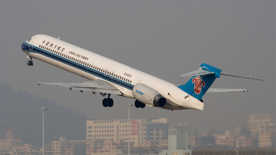 McDonnell Douglas MD-90-30 - China Southern Airlines