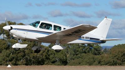 VH-MHI - Piper PA-28-181 Cherokee Archer II - Private