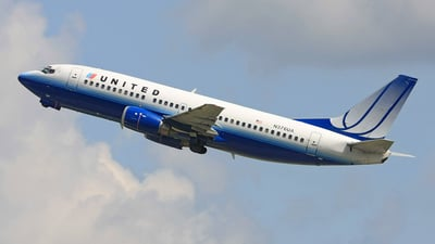 Boeing 737-322 - United Airlines