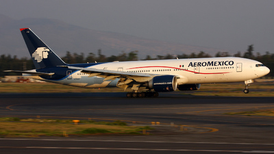 N776AM - Boeing 777-2Q8(ER) - Aeroméxico