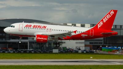 D-AVWE - Airbus A319-112 - Air Berlin