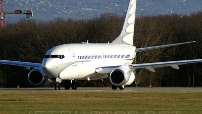 Boeing 737-7GC(BBJ) - Private