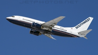 N271LV - Boeing 737-705 - Southwest Airlines