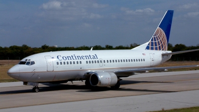 N59630 - Boeing 737-524 - Continental Airlines