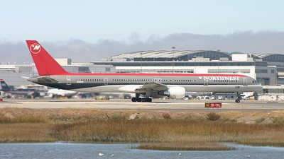 N581NW - Boeing 757-351 - Northwest Airlines