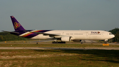 HS-TKD - Boeing 777-3D7 - Thai Airways International