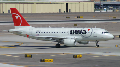N339NB - Airbus A319-114 - Northwest Airlines