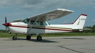 A picture of CGUWR - Cessna 172M Skyhawk - [17267229] - © Jean-Pierre Bonin