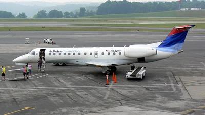 Embraer ERJ-135ER - Delta Connection (Chautauqua Airlines)