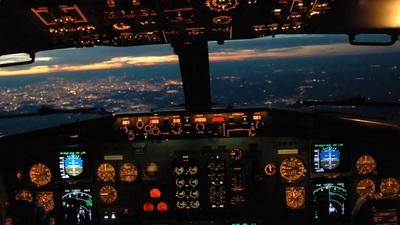 F-GRNV - Boeing 737-329 - Air Horizons