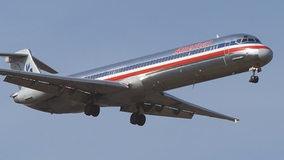 N205AA - McDonnell Douglas MD-82 - American Airlines