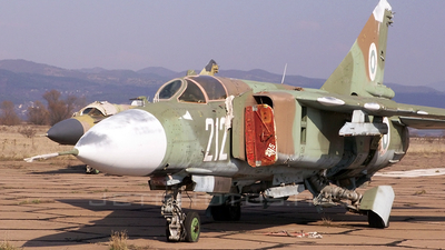 212 - Mikoyan-Gurevich MiG-23ML Flogger G - Bulgaria - Air Force