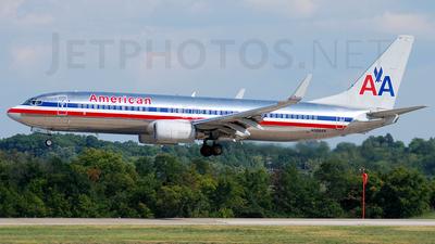 N968AN - Boeing 737-823 - American Airlines