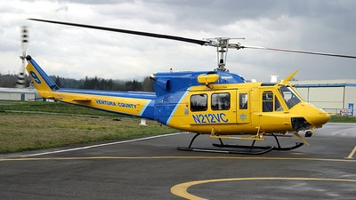 A picture of N212VC - Bell 212 - [30693] - © Mike Head - Jet Wash Photos