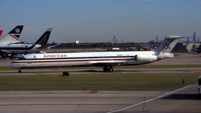 N821RA - McDonnell Douglas MD-82 - American Airlines