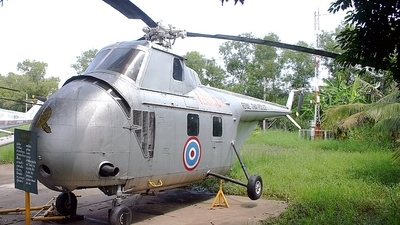 600 - Sikorsky S-55 - Thailand - Royal Thai Police Wing