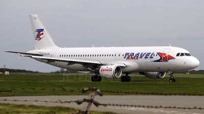 YL-LCE - Airbus A320-211 - Travel Service (SmartLynx Airlines)