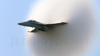 165801 - Boeing F/A-18F Super Hornet - United States - US Navy (USN)