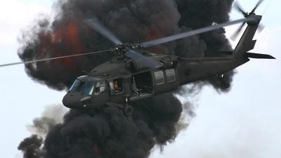 - Sikorsky UH-60L Blackhawk - United States - US Army