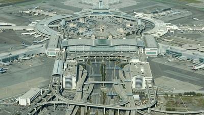 KSFO - Airport - Terminal