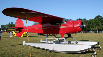 NC19498 - Cessna 165 Airmaster - Private