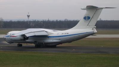 UR-78786 - Ilyushin IL-76TD - Yuzhmashavia