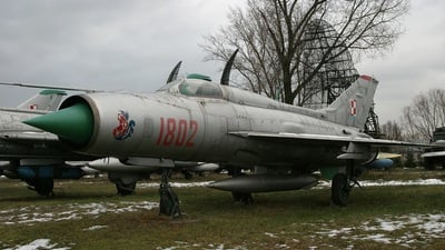 1802 - Mikoyan-Gurevich MiG-21PF Fishbed - Poland - Air Force