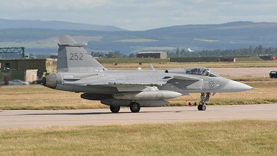 39252 - Saab JAS-39C Gripen - Sweden - Air Force