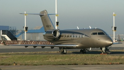 N881TW - Bombardier CL-600-2B16 Challenger 604 - General Electric