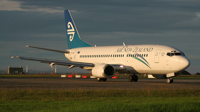 ZK-NGI - Boeing 737-319 - Air New Zealand