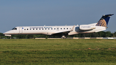 N14177 - Embraer ERJ-145XR - Continental Express (ExpressJet Airlines)