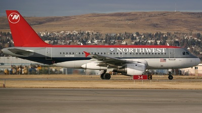 N304NB - Airbus A319-114 - Northwest Airlines